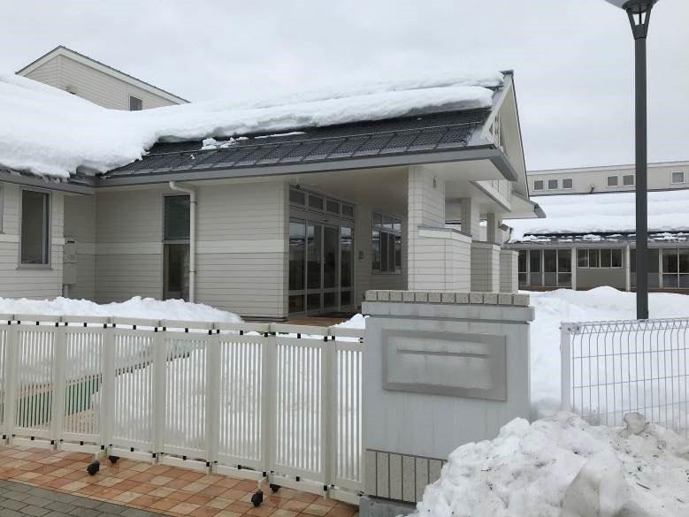 新潟市秋葉区W幼稚園 屋根軒先融雪